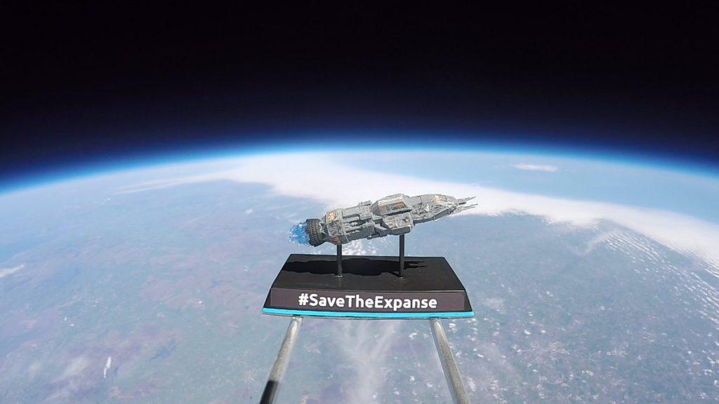 The Expanse, modellino della Rocinante in orbita